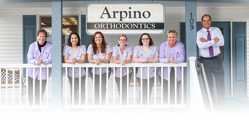 Arpino-Orthodontics-Libertyville-Illinois-Meet-Our-Team-1920_Gradient-Mobile