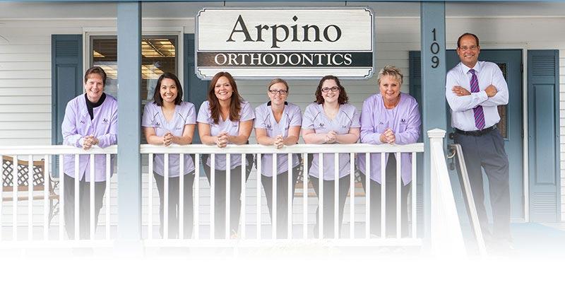 Arpino-Orthodontics-Libertyville-Illinois-Meet-Our-Team-1920_Gradient-Mobile